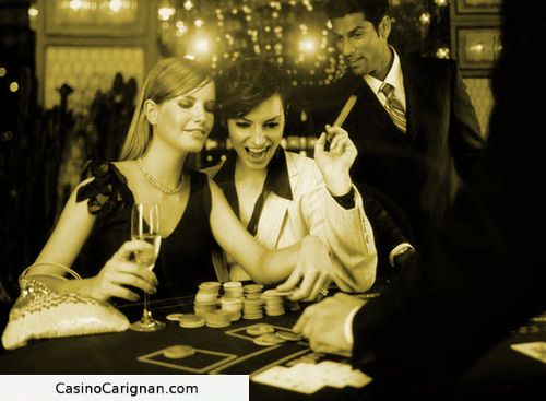 Back-Spotter Team play Blackjack